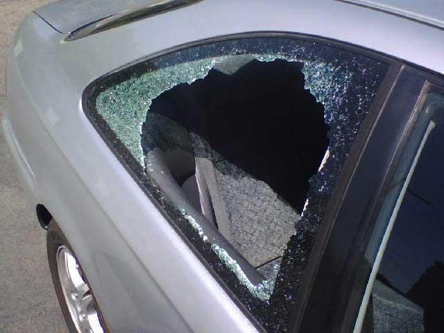 cover broken window in the car